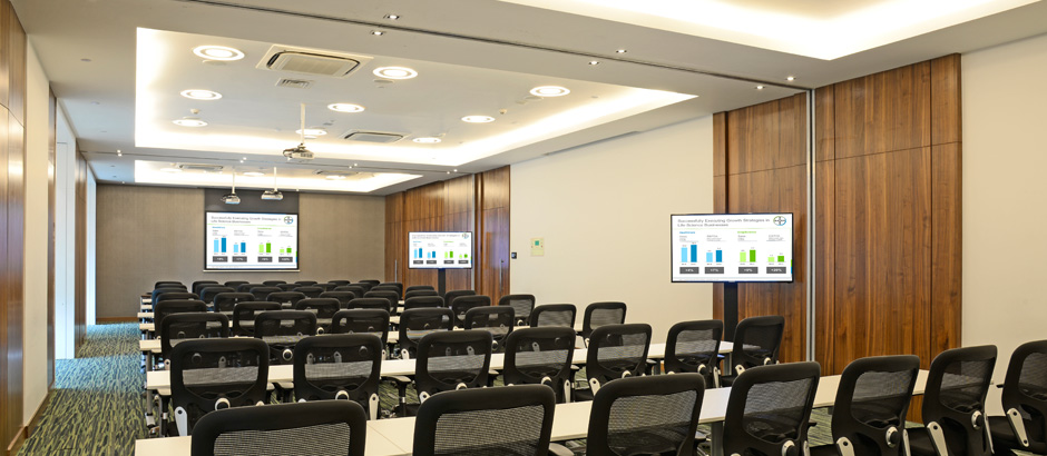 Multi-purpose space: Town Hall/Training room at Bayer Thane