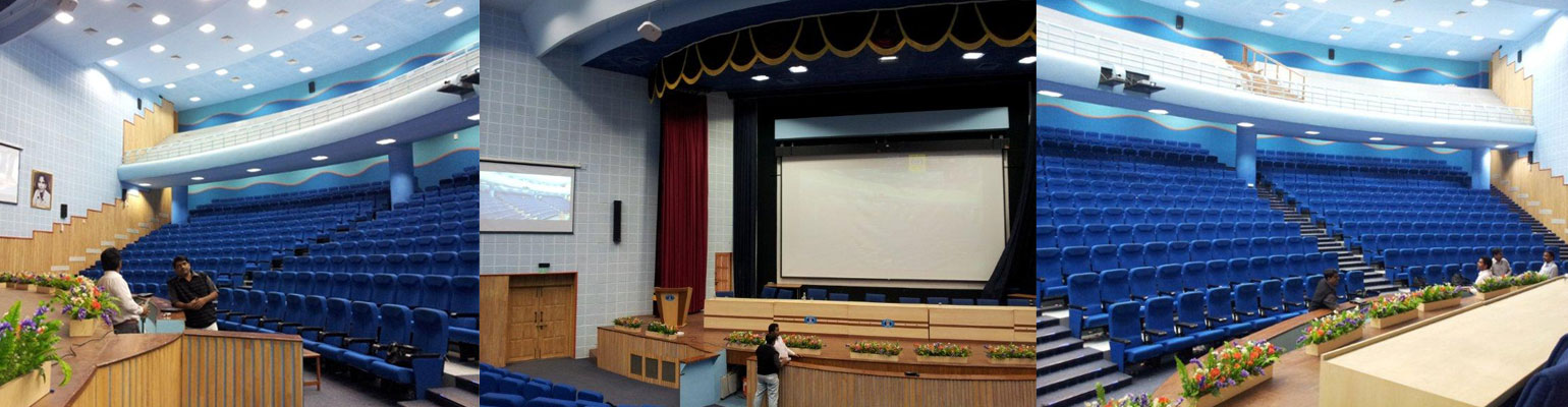 first-look-large-venues-350-seat-auditorium