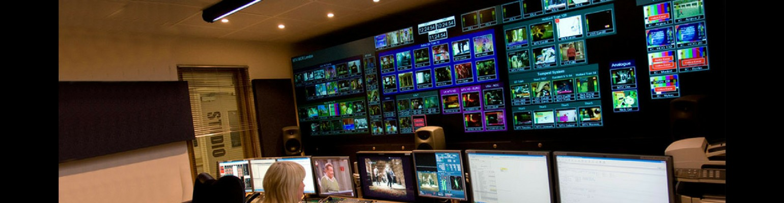 networks-data-monitoring-video-walls